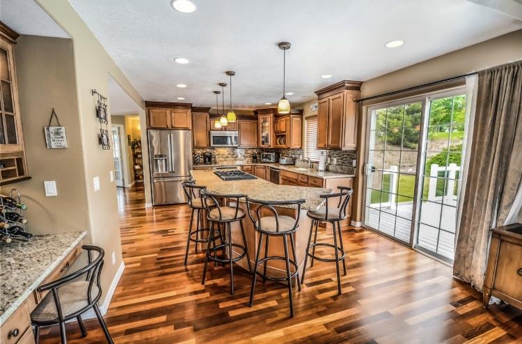 3 Tips on Choosing the Best Hardwood Flooring for Your Home