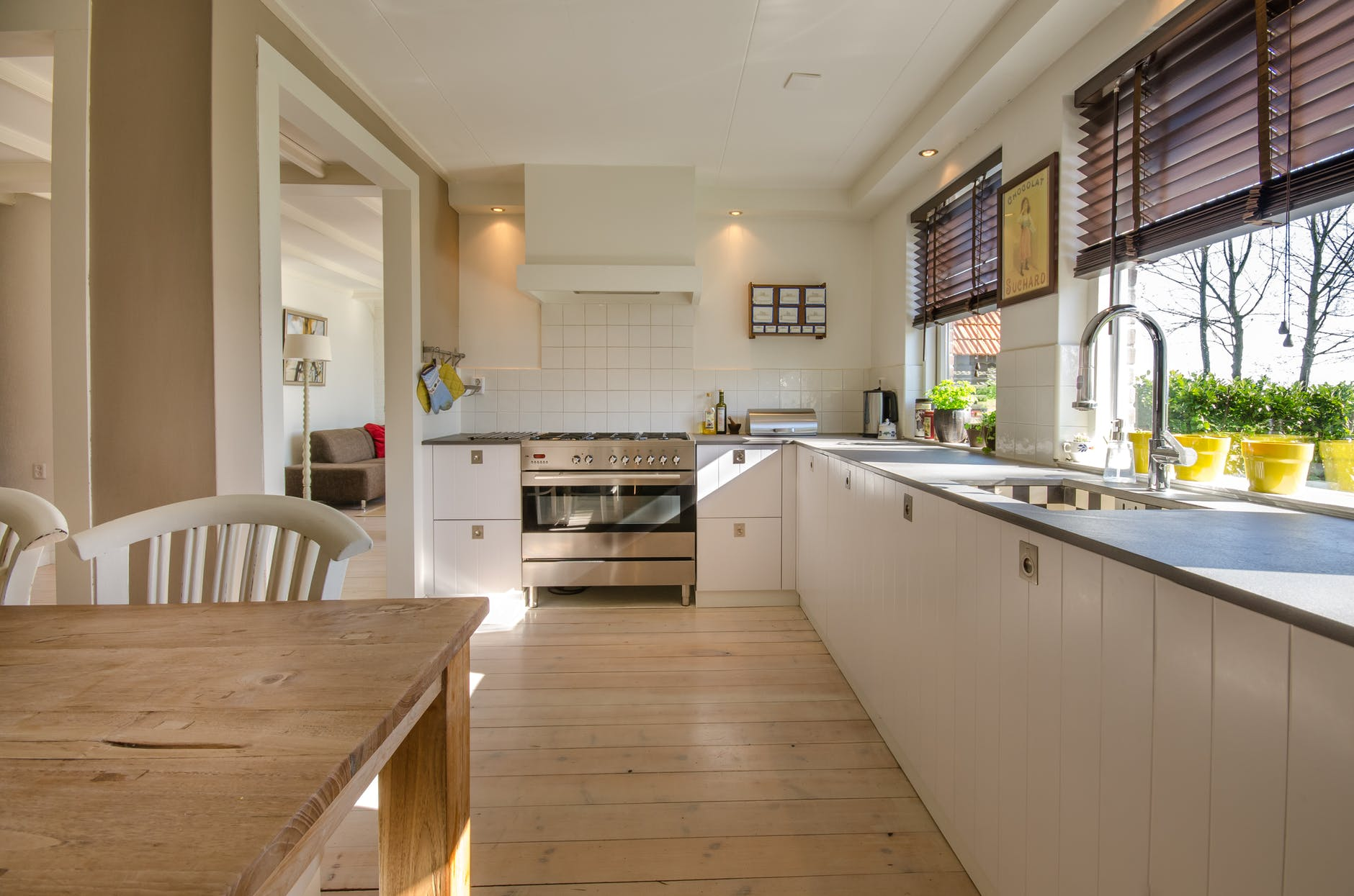 Hoping To Appeal To Buyers? Complete Those Maintenance Tasks