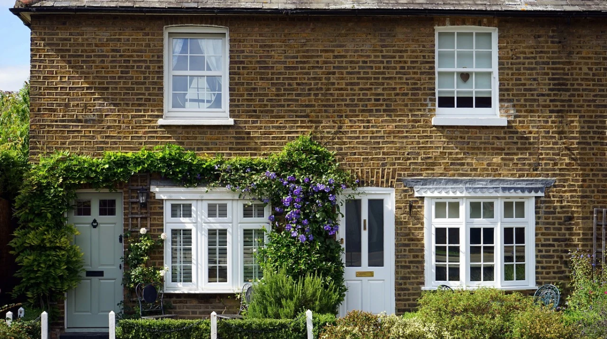 5 Cost-Effective Ways to Improve Your Kerb Appeal