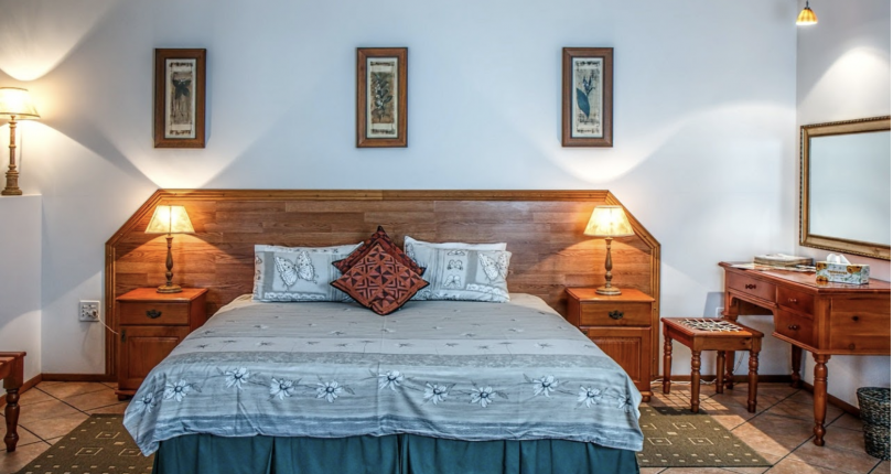Staging Your Home? Tips for Making Your Master Bedroom Look Larger